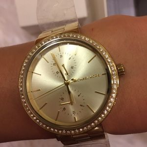 Michael Kors women's watch. Gold tone